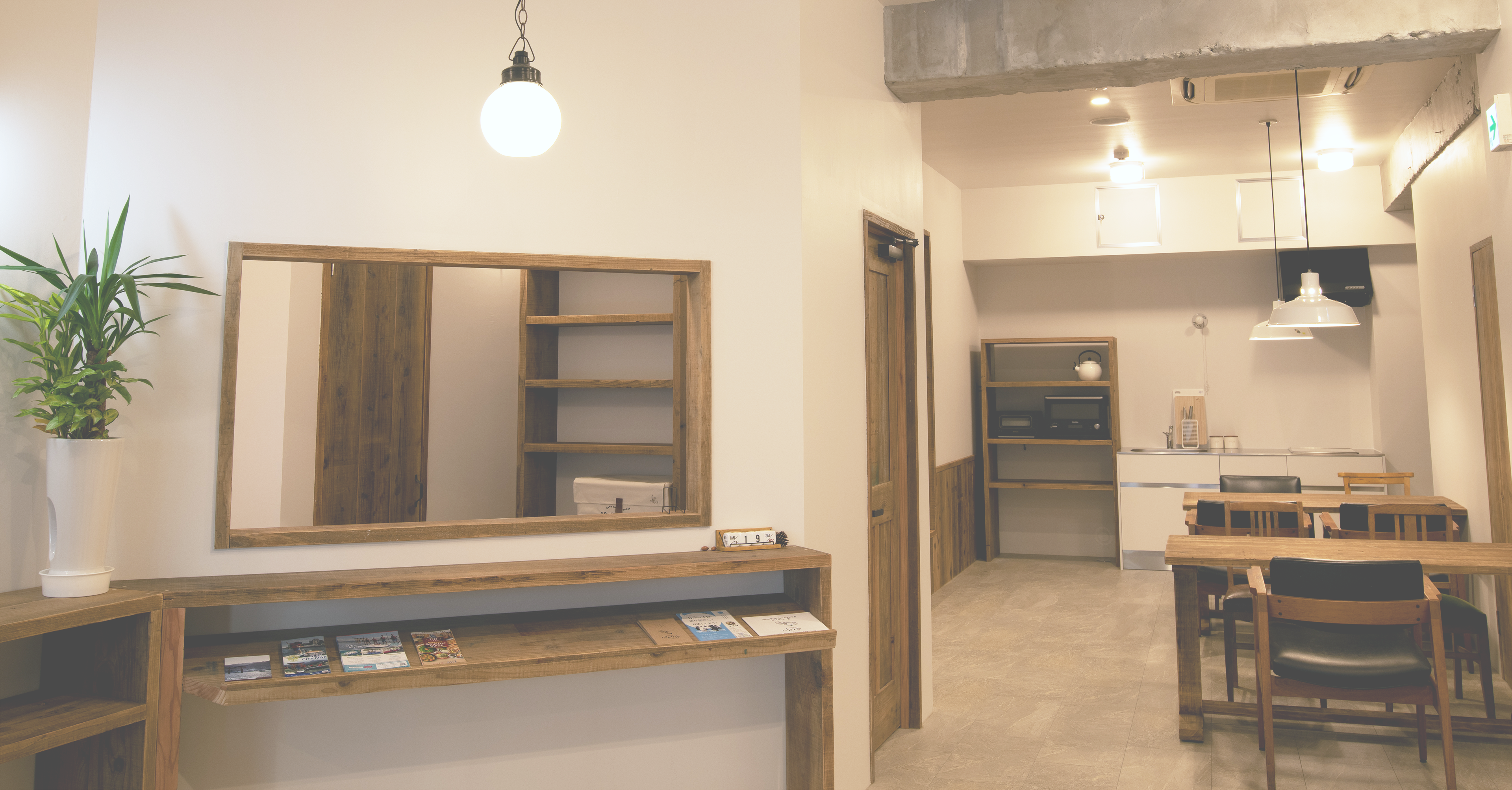 akicafe inn guesthouseの受付の画像