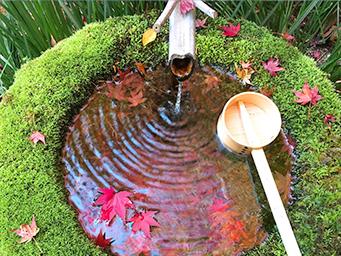 三滝寺の手水舎