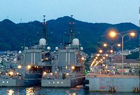 呉の港の夜景